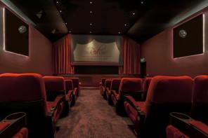 Inside-Red-Carpet-Cinema-Barton-Marina-Staffordshire
